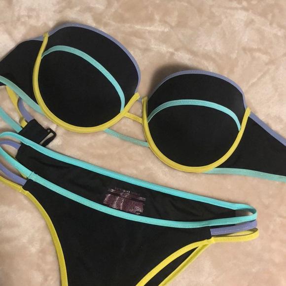 Victoria's Secret colorblock bikini